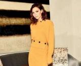 Виктория Бекхэм раскритиковали за платье, которое напоминает мобильный телефон мешок