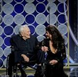 Золотой глобус-2018: 101-летний Кирк Дуглас получил овации зала