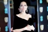 Анджелина Джоли, Сальма Хайек, Марго Робби и другие на церемонии BAFTA-2018 протестовали против харрасмент